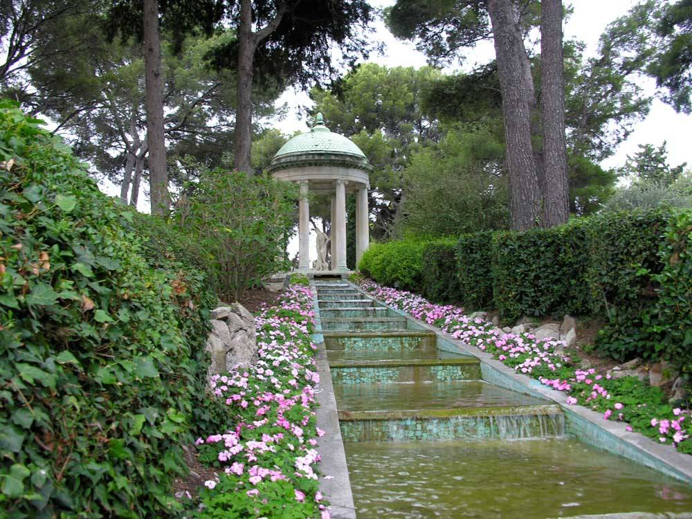 Jardines del Chalet Ephrussi de Rothschild photo 3