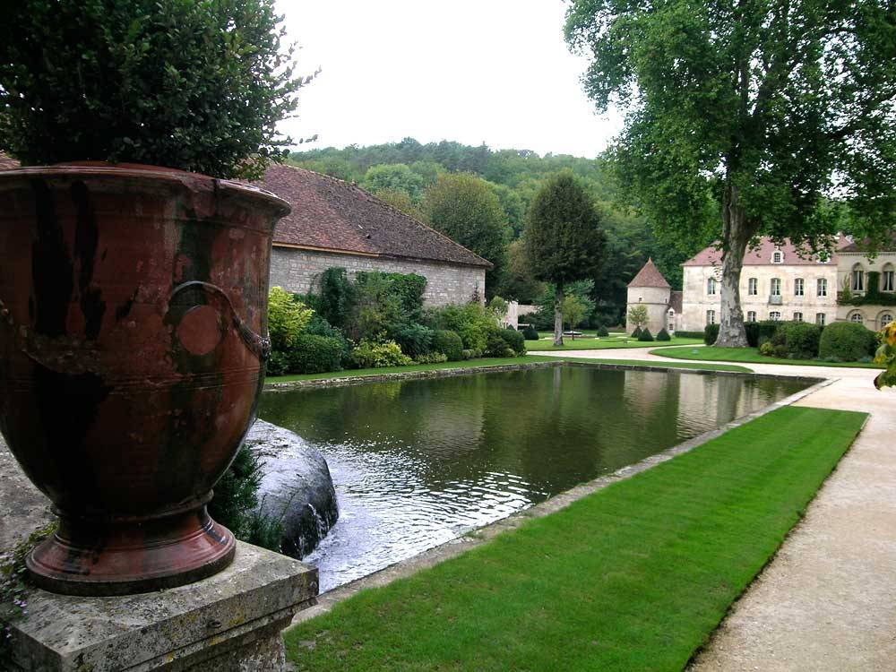 Gardens Of Fontenay Abbey photo 3