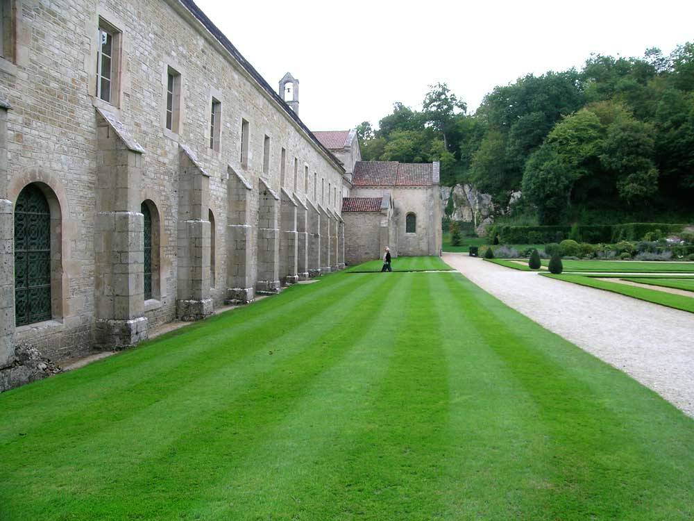 Gardens Of Fontenay Abbey photo 4