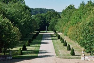 Park And Gardens Of Fontaine La Soret Castle photo 2