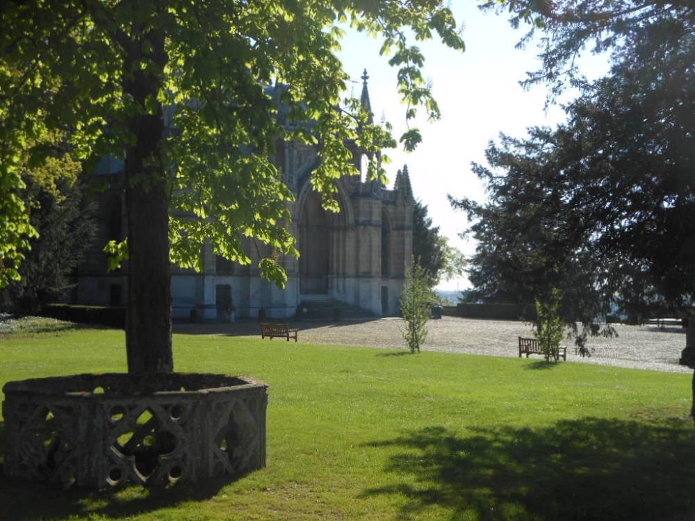 Parc de la chapelle royale de dreux photo 8 for Entretien jardin eure et loir