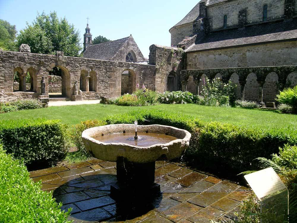 Daoulas Abbey Gardens photo 1