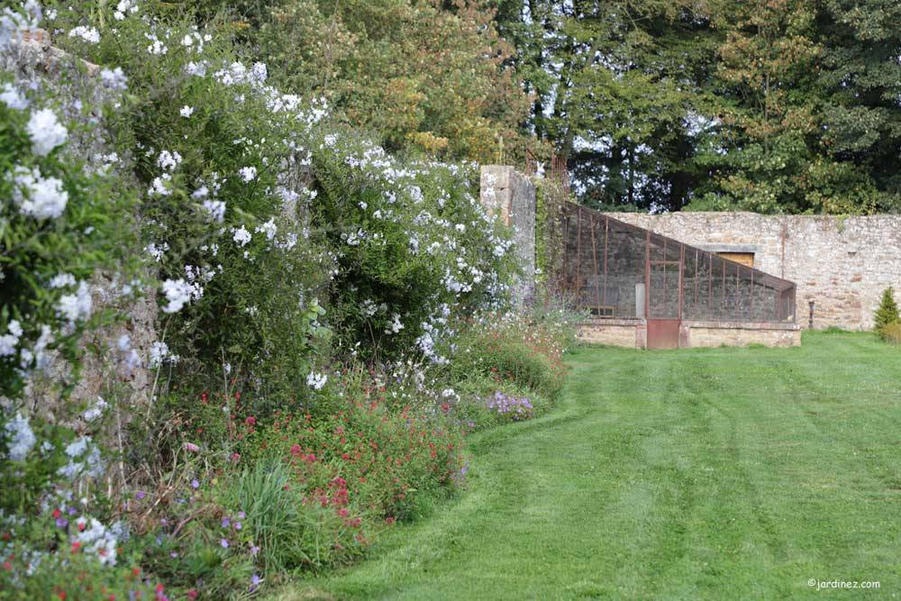 The Gardens of the Rocher Portail Castle photo 8