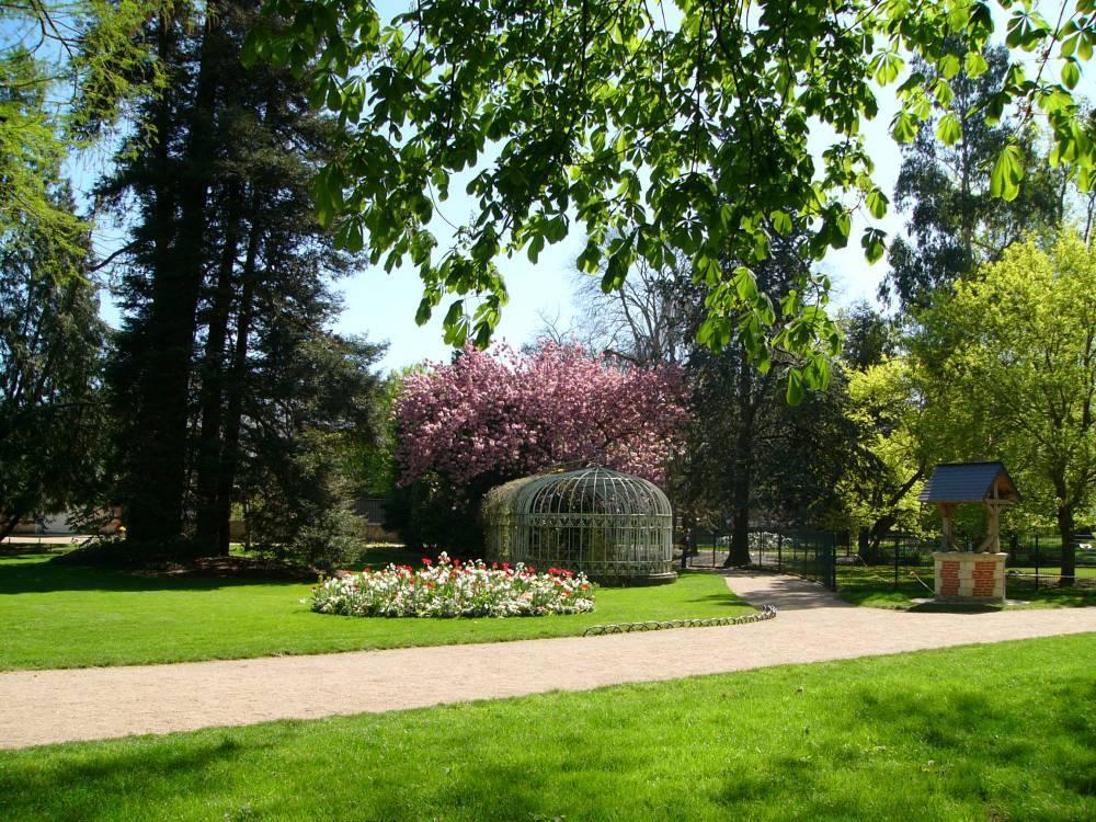 jardin botanique de tours tours 37000 indre et loire
