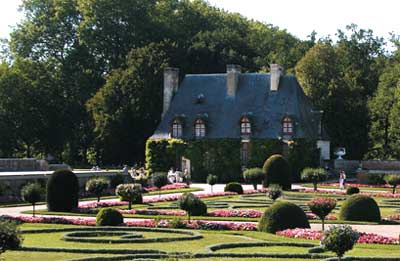 The Gardens Of Chenonceau Castle photo 3