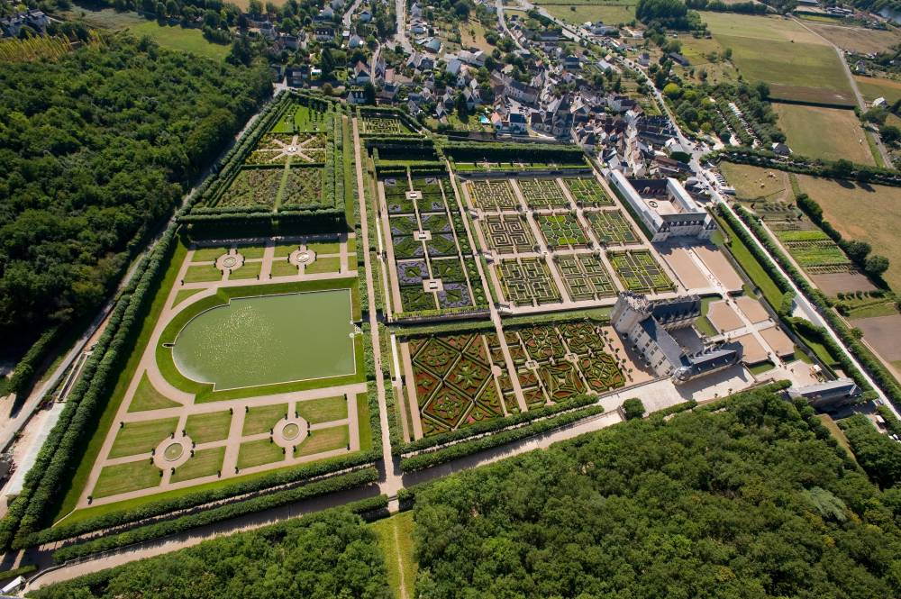 Castle and Gardens of Villandry photo 0