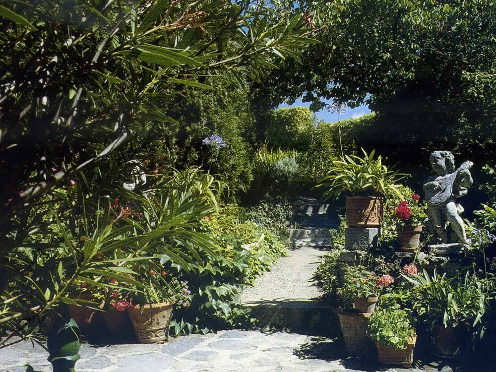 Jardin des croisades du ch teau de buss ol photo 12 for Jardin 63