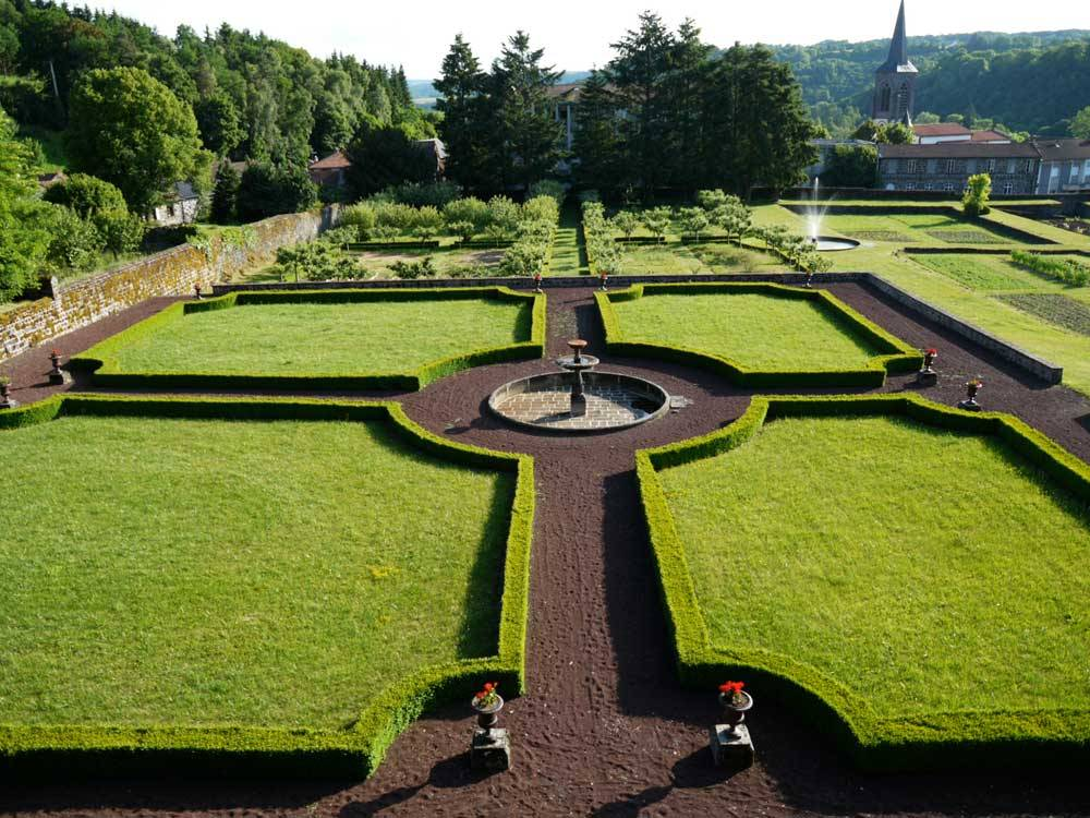 Gardens Of The Dauphin Castle