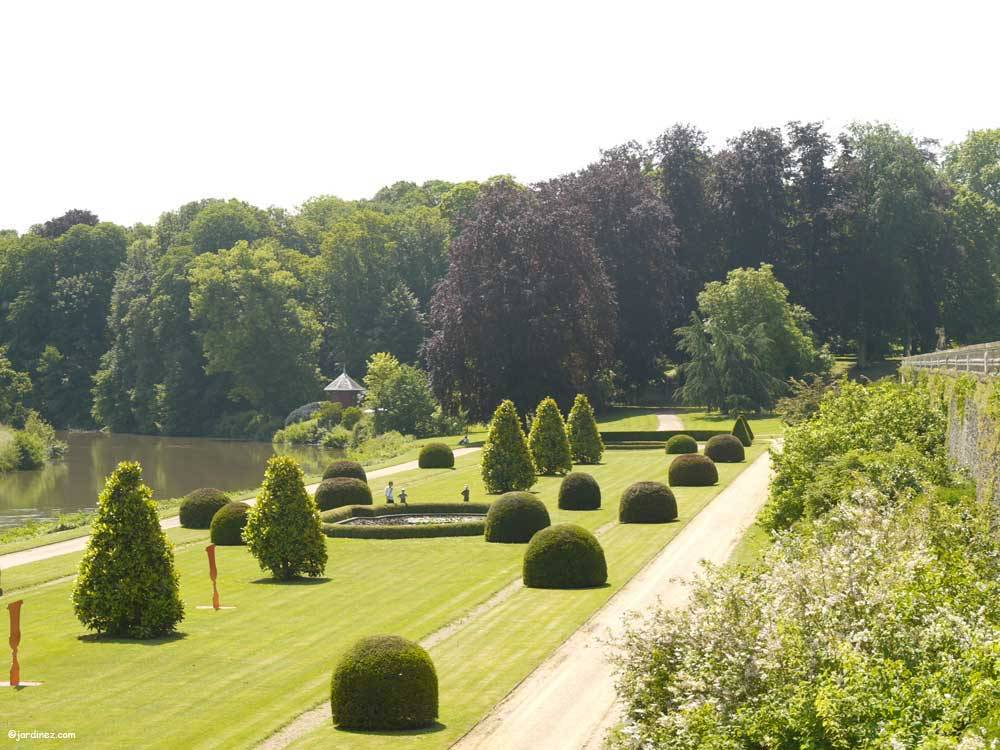Park and Gardens of the Castle of Le Lude photo 2