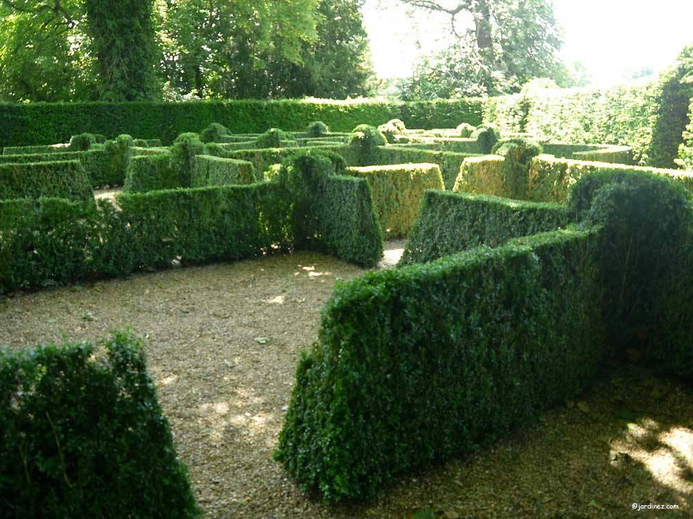 Park and Gardens of the Castle of Le Lude photo 5