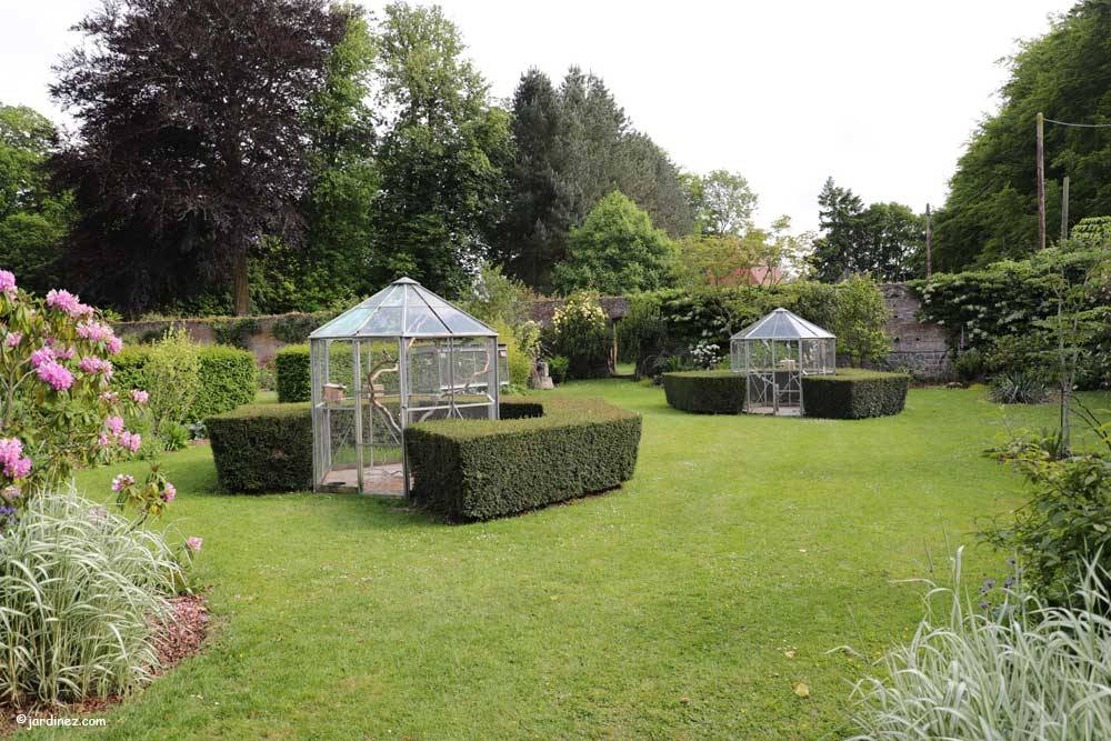 Rose Garden and vegetable Of Mesnil Geoffroy Castle photo 10