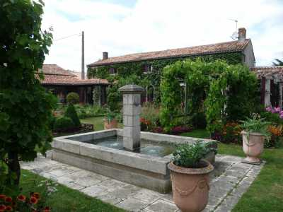 Jardin Du Logis De Riparfonds Bressuire