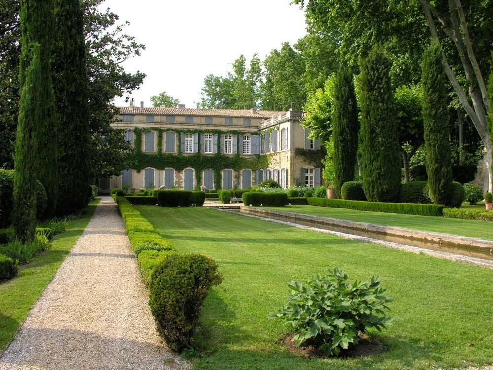Parc et jardin du ch teau de brantes sorgues 84700 for Parc et jardin