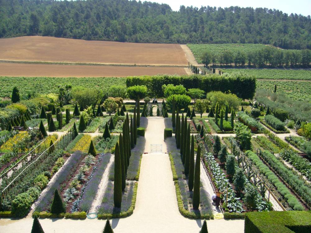 Gardens Of Val Joanis Castle photo 8