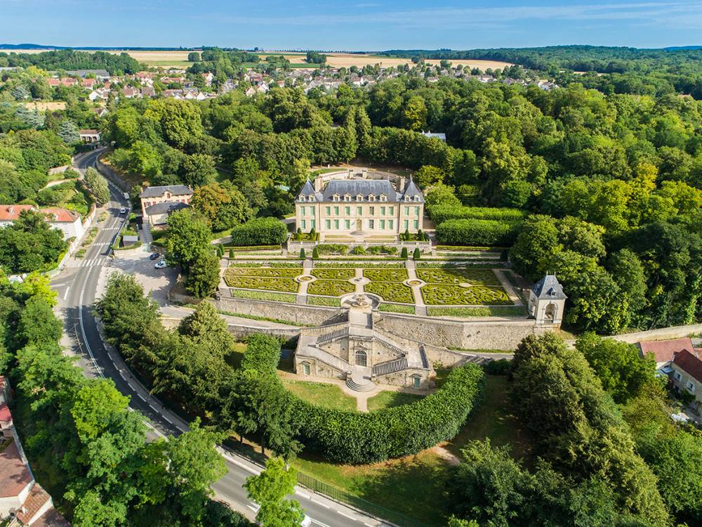 park and gardens of the chteau dauvers - Chateau D Auvers Mariage